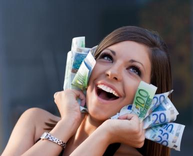vrouw met geld, meer geld verdienen